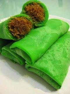 Kue Dadar Gulung Kue Tradisional Jajanan Pasar Khas Indonesia