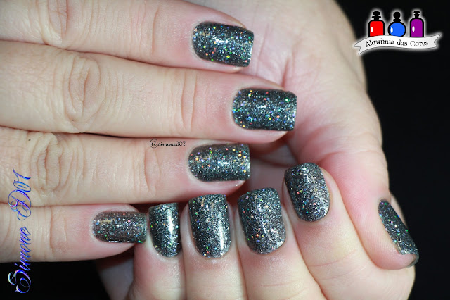 China Glaze, 2011 Eye Candy 3D, Soke Like it Haute, Glitter, Holo, Holográfico, grafite, Simone D07, Mony D07, Grey, Brilho, brilhante, lindo,