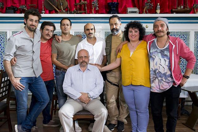 Doğu Demirkol, Feyyaz Yiğit, Sarp Apak, Alper Kul, Mehmet Özgür, Meltem Kaptan, Ahmet Mümtaz Taylan, Özgür Emre Yıldırım - Ölümlü Dünya (2018)