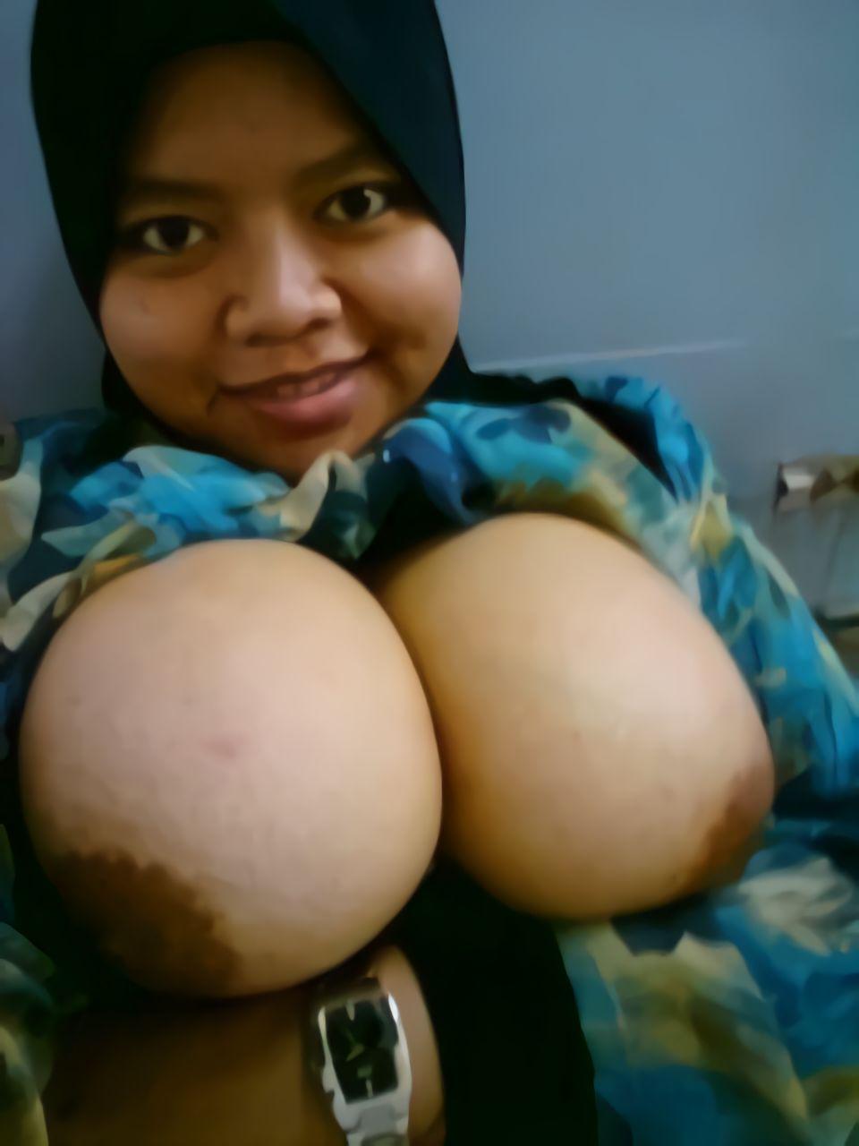 nude malay mature pic