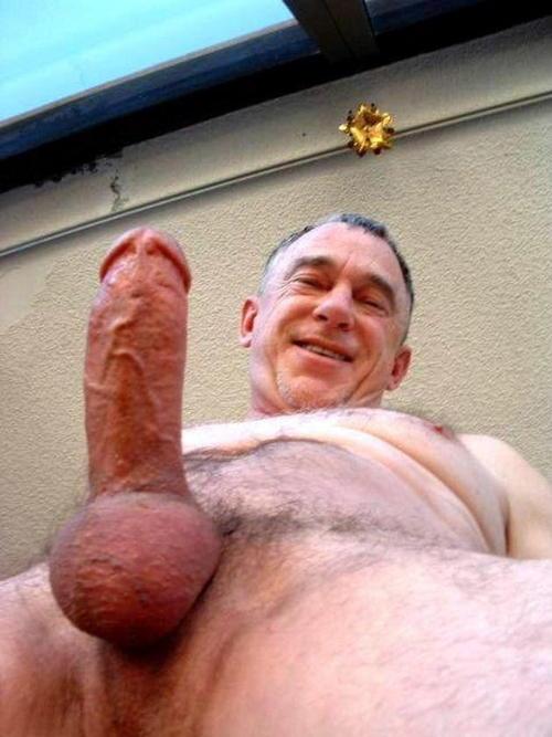 Guys with big balls nude