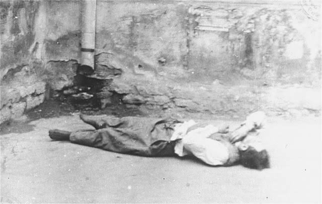 A victim of the Jassy pogrom 28 June 1941 worldwartwo.filminspector.com