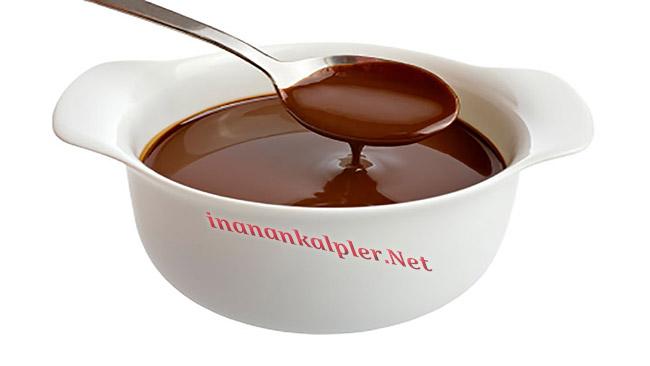 Lezzetli Çikolatalı Sos Nasıl Hazırlanır?