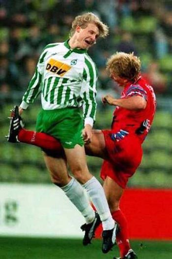 Macam-Macam Peraturan Pemain dalam Permainan Sepak Bola