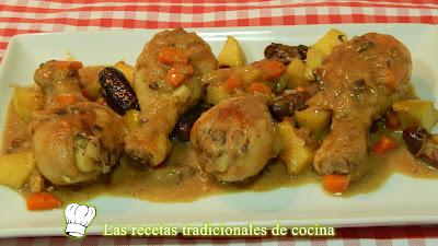 Pollo en salsa con dátiles y manzana