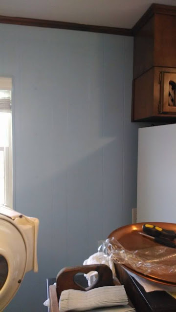 Color in the Kitchen, Updating a brown kitchen to blue