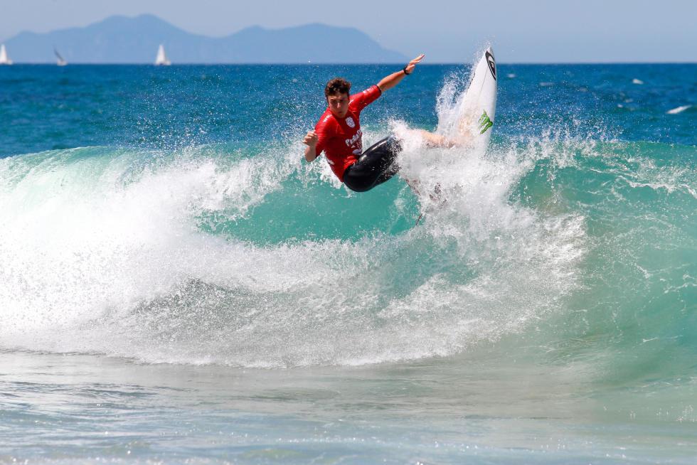 9 Luis Diaz CNY Junior Pro Sopela Fotos WSL Laurent Masurel
