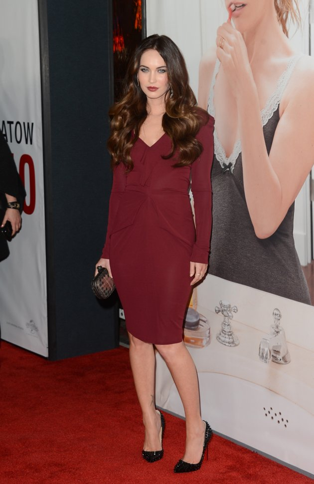 Hollywood and Fashion Style Stars -  Best Dressed 12/24/2012