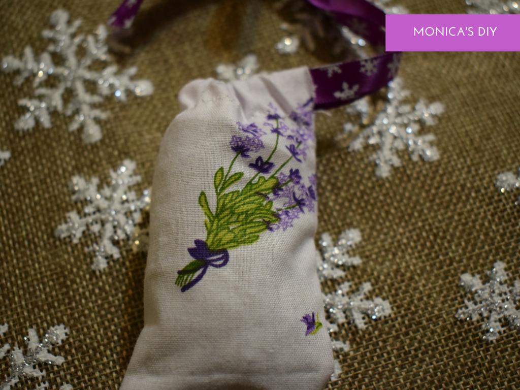 Cadouri de Craciun: Saculeti handmade cu lavanda - Circul Magic Handmade