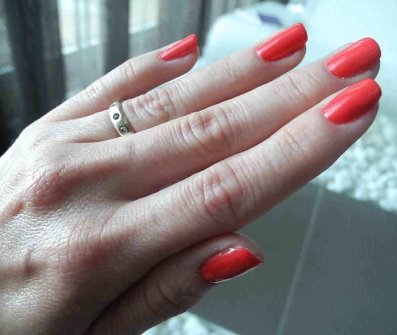 My DIY Cuticle Fix Revives Winter Nails