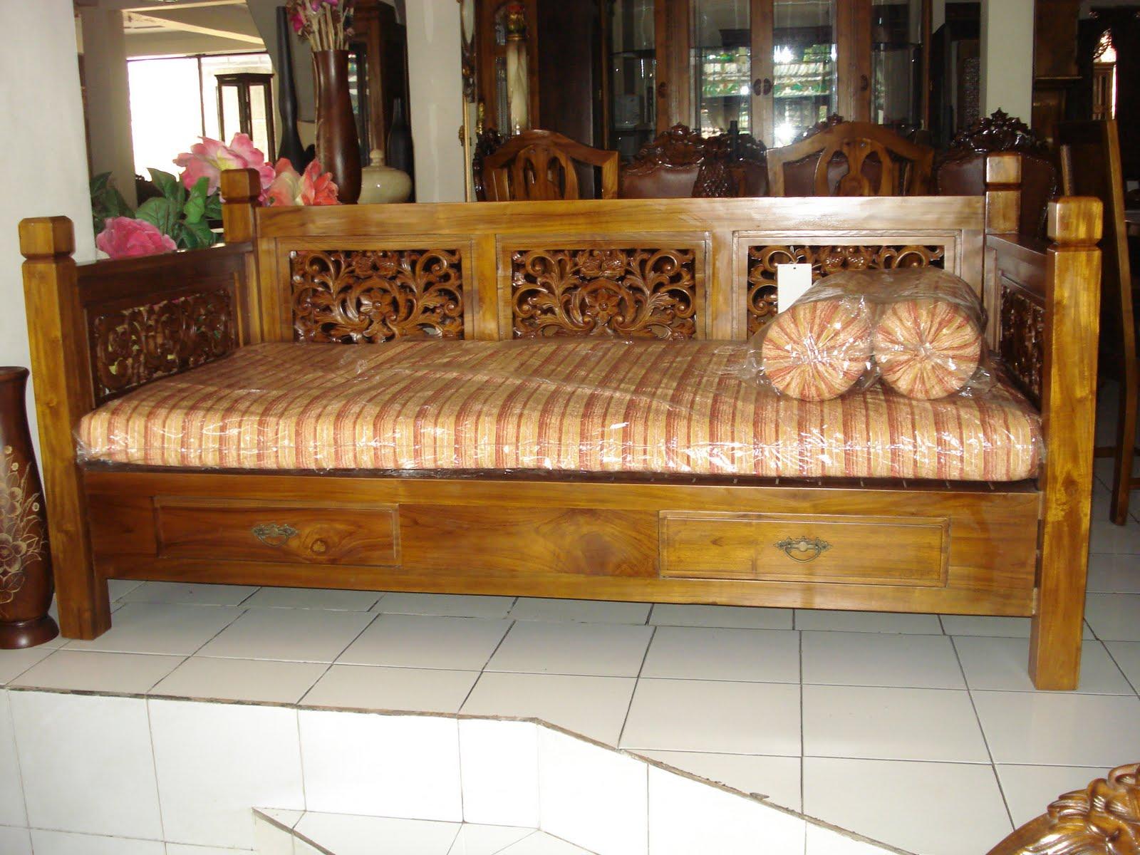 Produksi Pengrajin Furniture Mebel Jepara Furniture