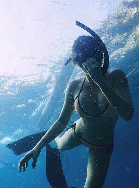 marline capones sexy bikini pics 04