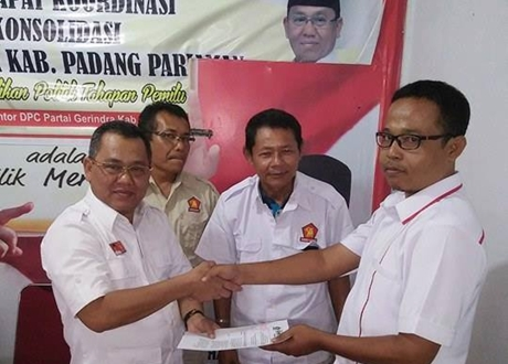 PAC Partai Gerindra se Padang Pariaman Terima SK Pengangkatan
