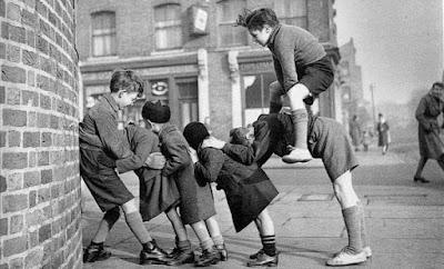 cum ne jucam in copilarie
