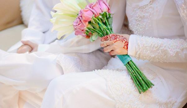 Image result for Bolehkan Suami Meminjam wang hantaran