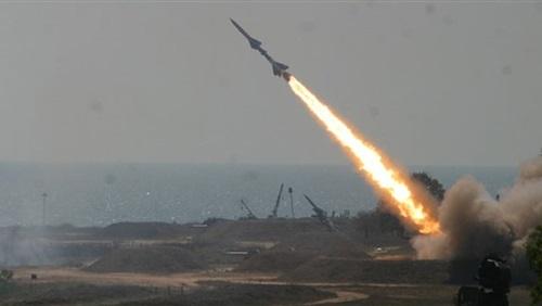 السعودية تعترض صاروخا باليستيا في سماء الرياض