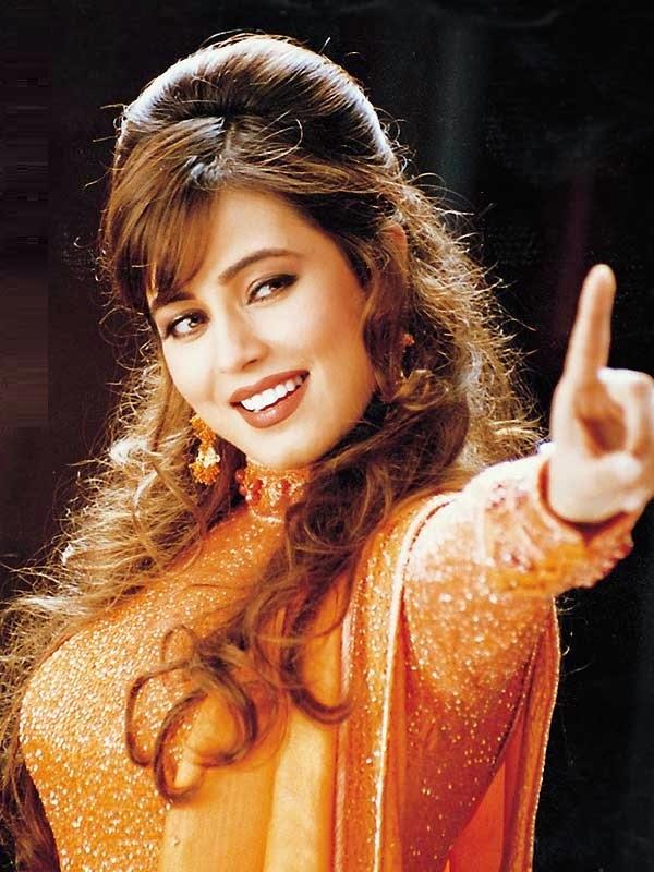 Dynamic Views Beauttiful Actress Mahima Chaudhry Image Download-9013