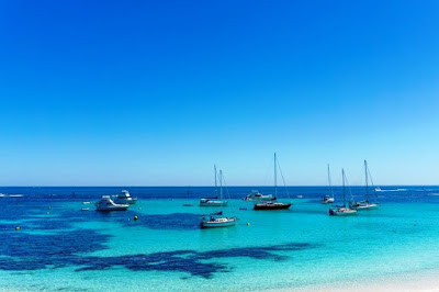 Rottnest Island - cycling, blue skies, quokkas and relaxing