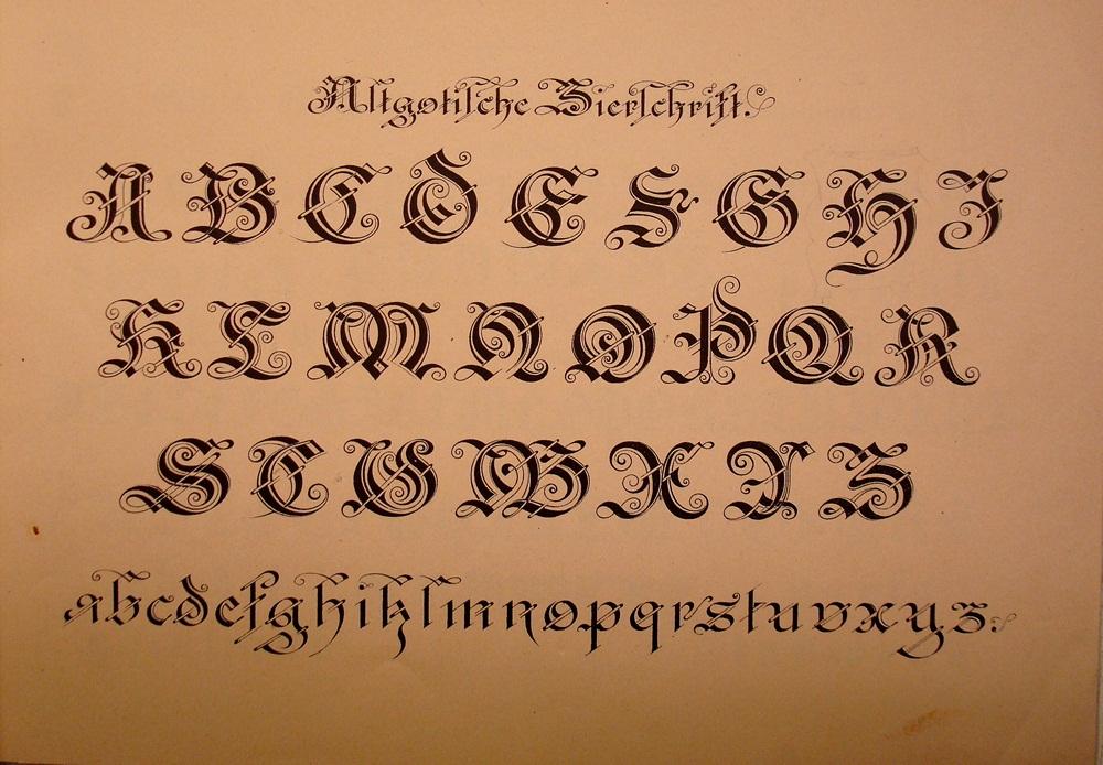 BIBLIOTYPES: MUSTER- ALPHABETE