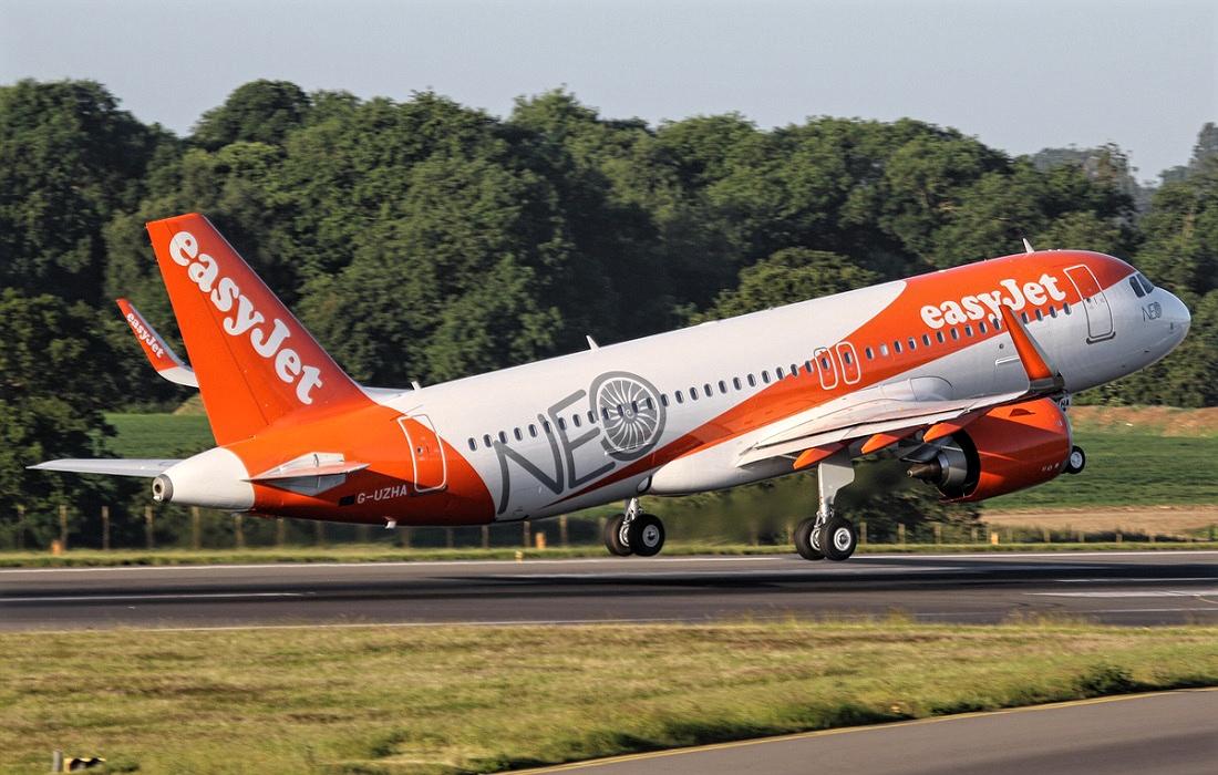 Airbus A320neo Orange EasyJet Takeoff