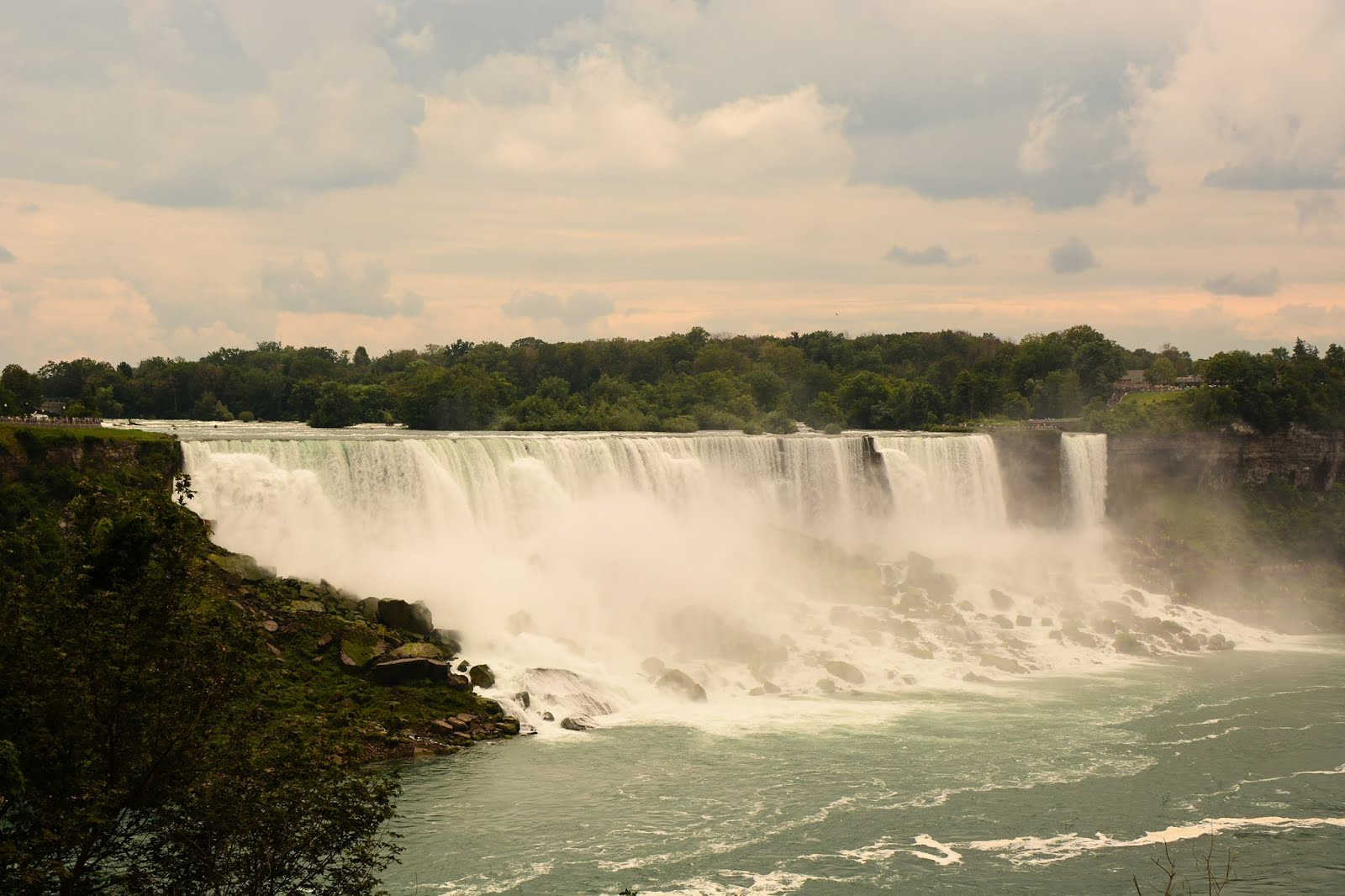 canada, air canada, travelling, holiday, back packing, north america, travel, new york, niagra falls, waterfall, landmark