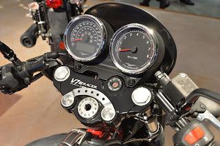 Guzzi V7 III Racer Relojes