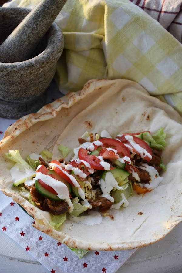 Kebabgryta i libabröd