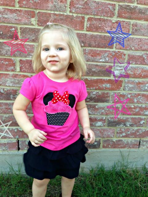 Minnie Mouse Cupcake Applique | The TipToe Fairy