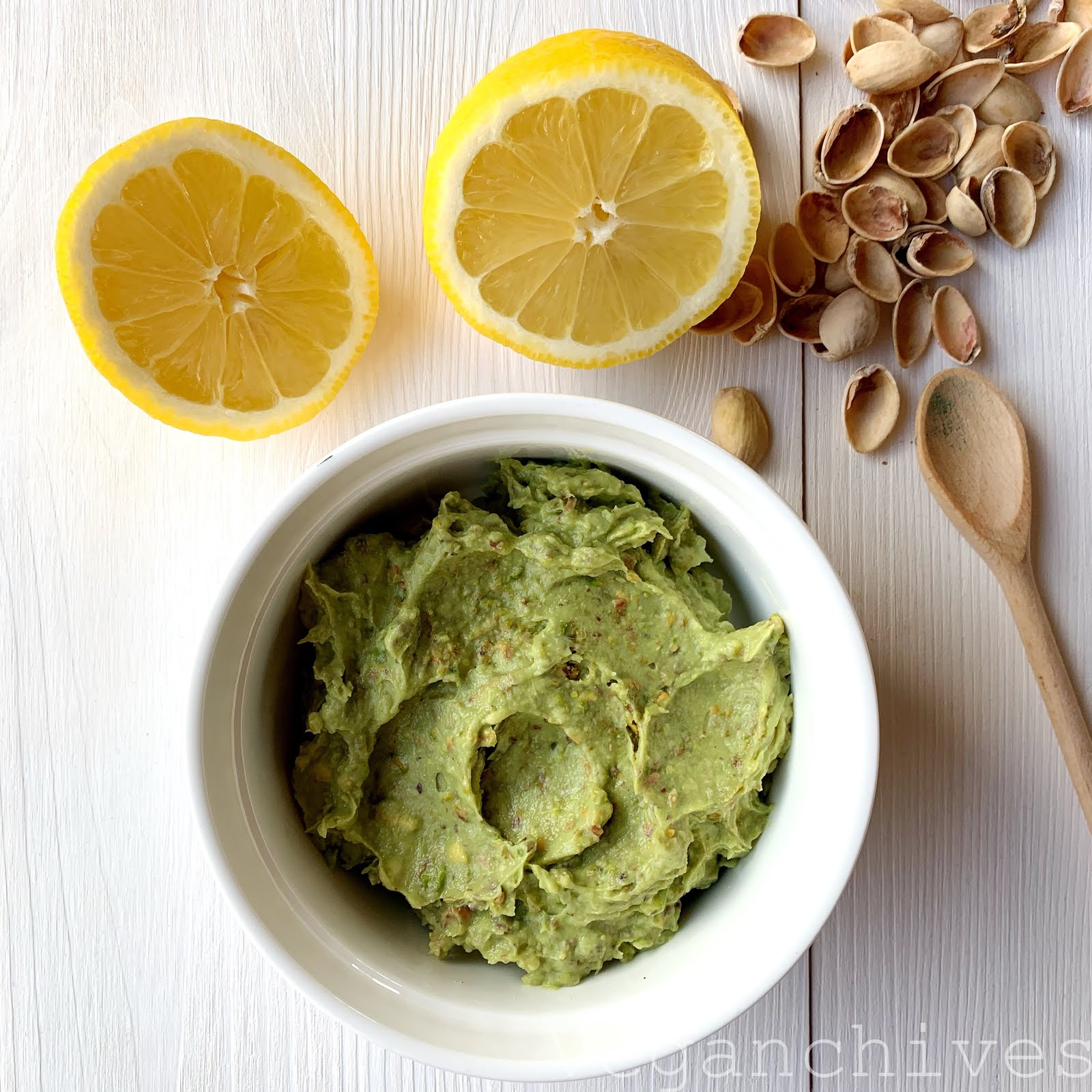 Pasta z awokado i pistacji