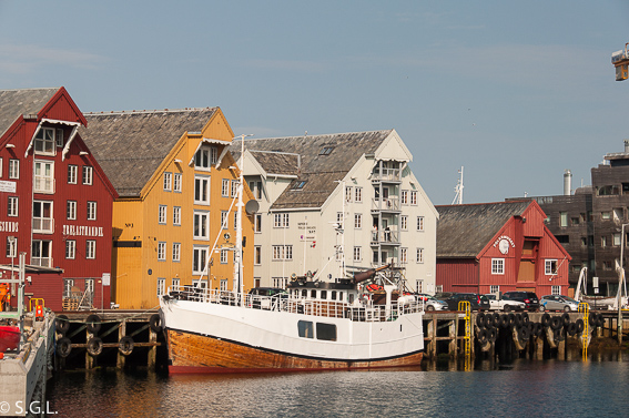 Puerto de Tromso. Noruega