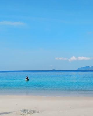 Pantai Mata ie - Pulau Nasi