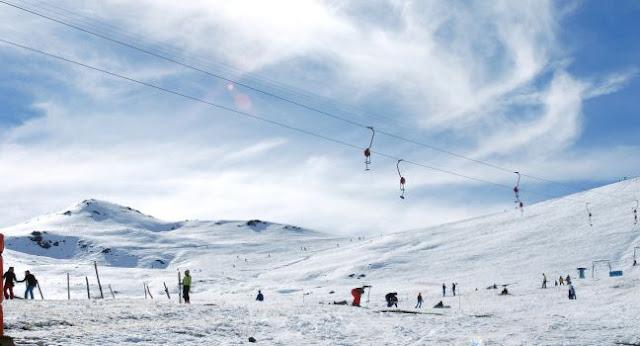 Estação de esqui Farellones em Santiago do Chile