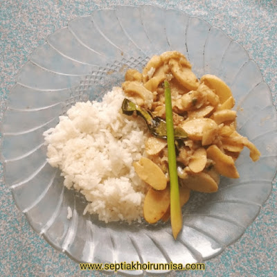 Oseng durian muda