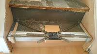 Treppenrenovierung - Treppenstufe mit Treppenspinne messen und anzeichnen 2