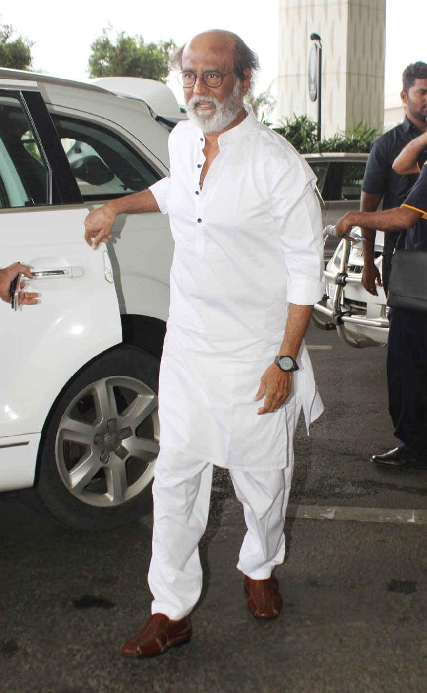 Rajinikanth Spotted at Mumbai Airport