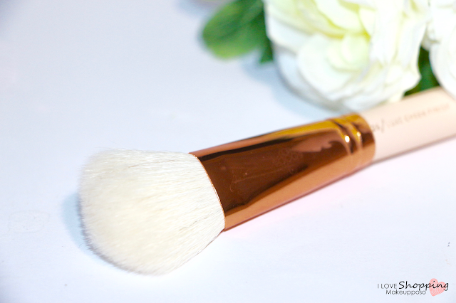 126 Luxe Cheek Finish