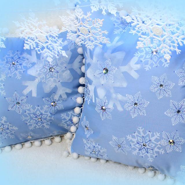 Snowflake Pillows!
