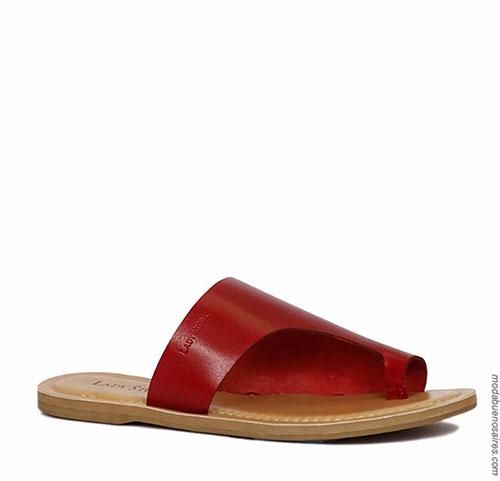 Sandalias bajas de cuero un solo dedo de agarre moda Lady Stork 2018.
