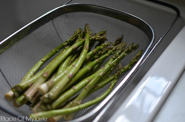 Garlicky roasted Asparagus recipe