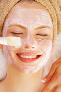 aplicar mascara facial