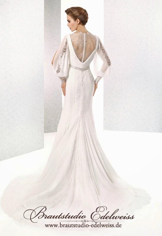 Brautkleid mit schönem Rücken. Hochzeitskleid einem bedeckten Rücken aus Spitze und Shiffon.