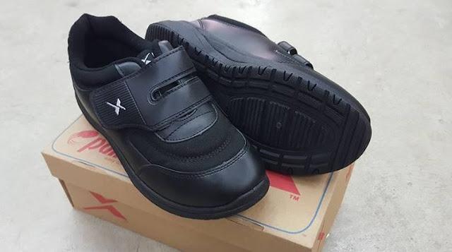 kasut sekolah warna hitam