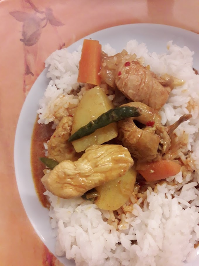 DAY 8: 31 days challenge by jdt blogger - Gambar Makanan Yang Sedang Dimakan