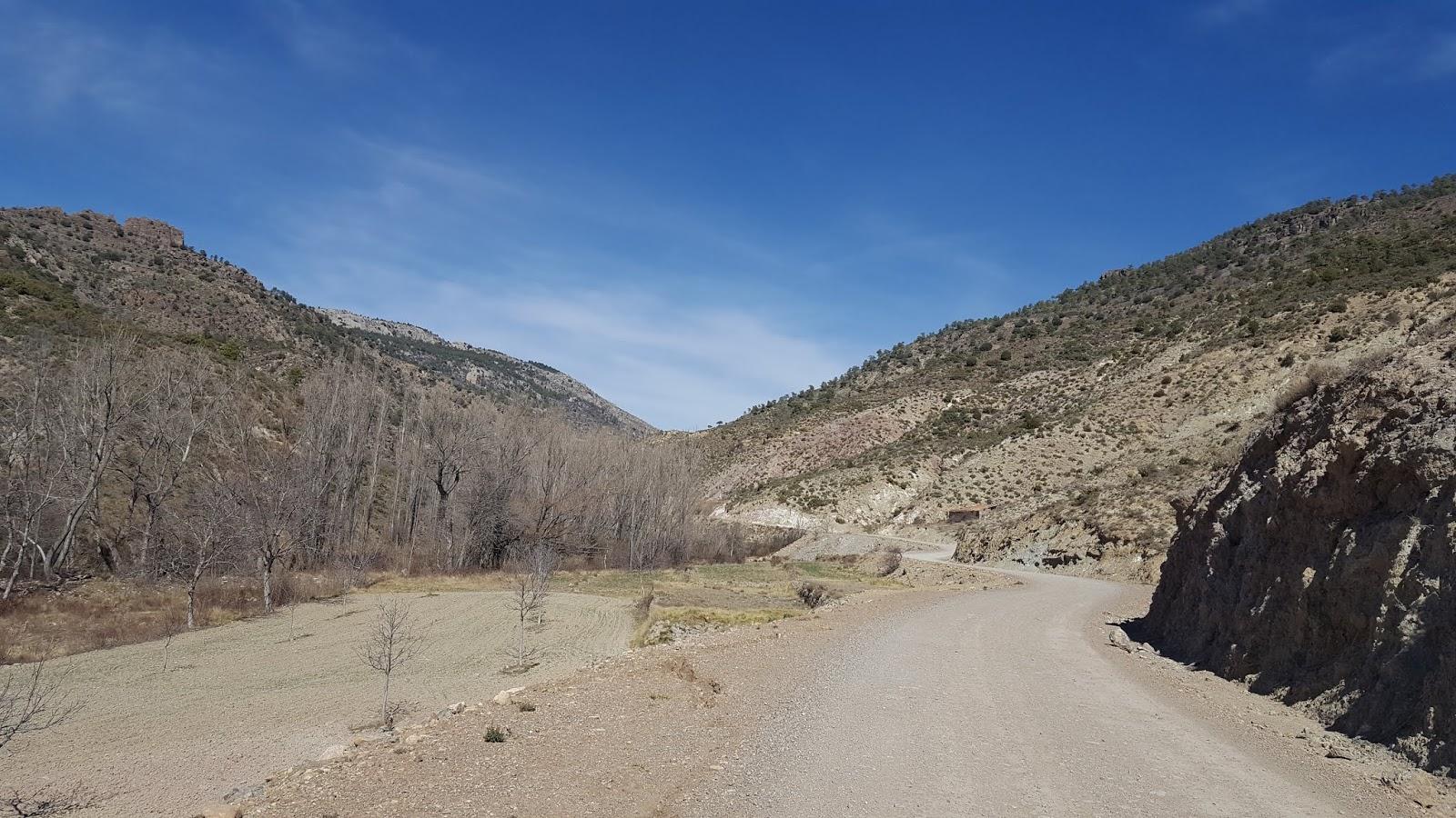 Gravel track following course of Rio Arcos, Arcos de las Salinas