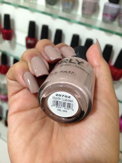 Esmalte Nude Orly Country Club Khaki na Classy Nails