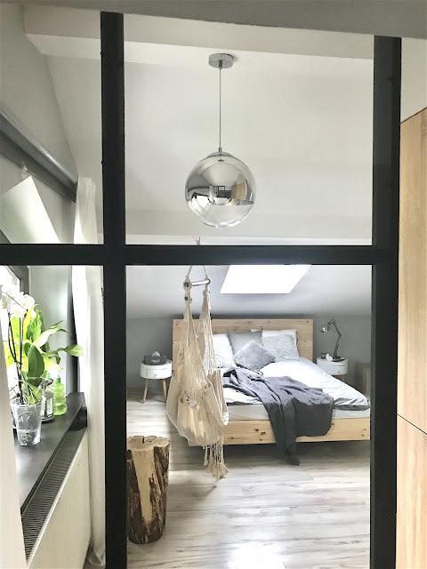 Loftowa ścianka DIY