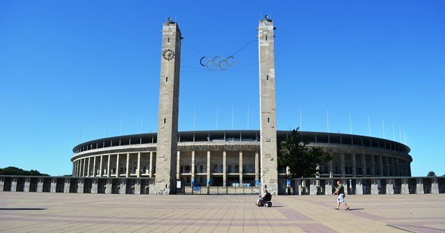 Jesse Owens and the Fuhrer: Olympic Stadion, Berlin