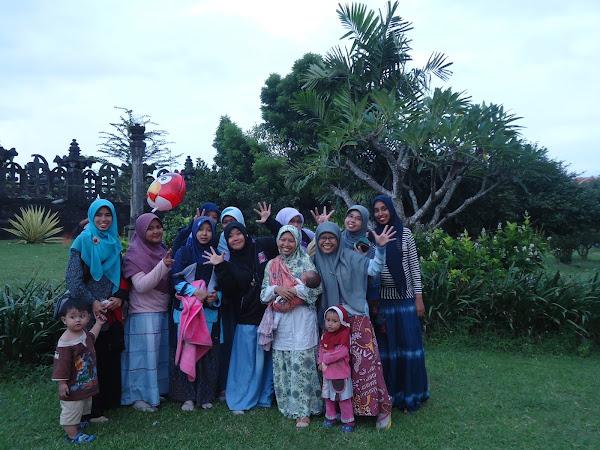 Mereka, Pernah Ada Menemani Hari-Hari Saya di Bali - 2