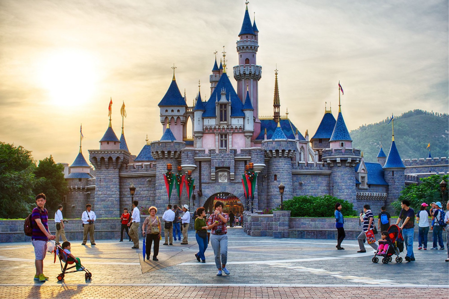 7 best tourist attractions in hong kong with photos and map tour hong kong disneyland tourvisitor publicscrutiny Images