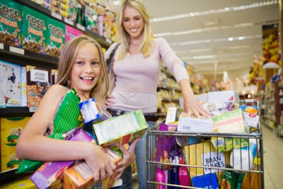 Mengajarkan Shopping Yang Sehat Pada Anak